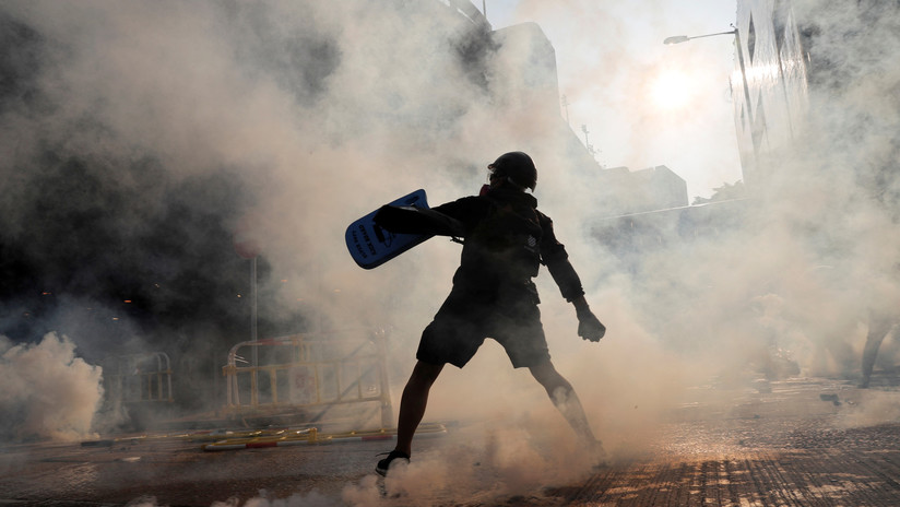 Violentas protestas en Hong Kong marcan el 70 aniversario de la República Popular China