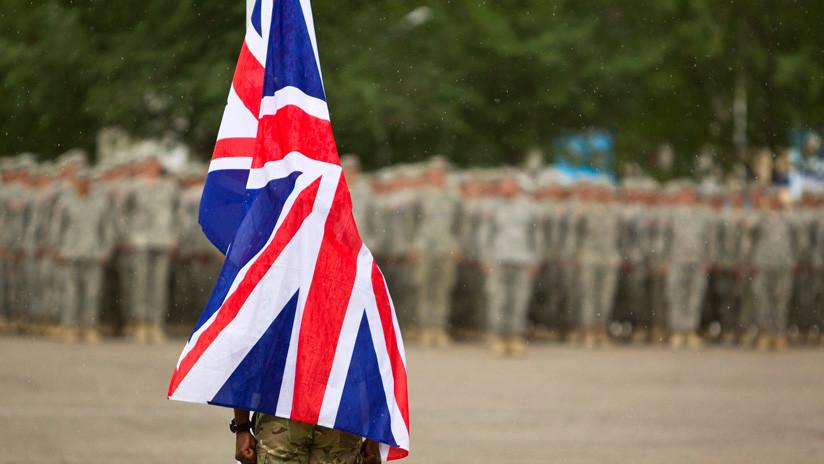 Un ejecutivo de Twitter para Oriente Medio es oficial de la unidad de guerra de información del ejército británico