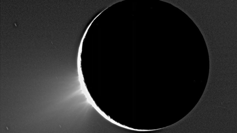 Detectan nuevos compuestos orgánicos en una luna de Saturno