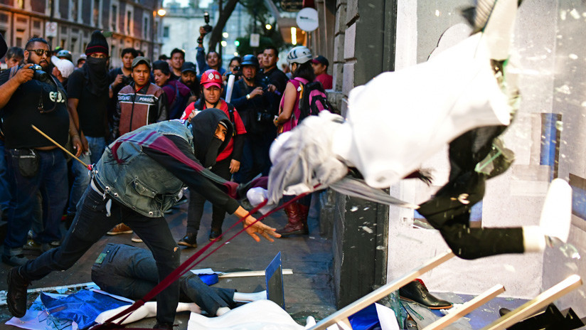 Los ataques de anarquistas en manifestaciones levantan polémica en México, ¿a qué se debe?