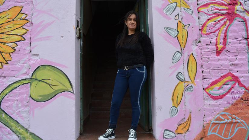 """""""Somos mujeres luchadoras"""": trabajadoras argentinas emprenden el rescate de una popular fábrica de golosinas abandonada por sus dueños"""