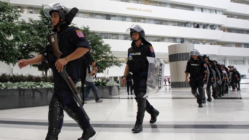 Juez tailandés se dispara en el pecho en el tribunal en un aparente intento de suicidio