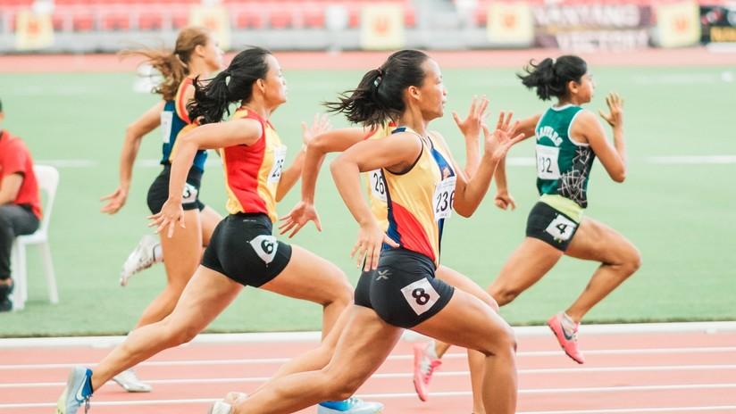 Atletas chinas protagonizan un insólito momento en el Mundial de Doha (VIDEO)