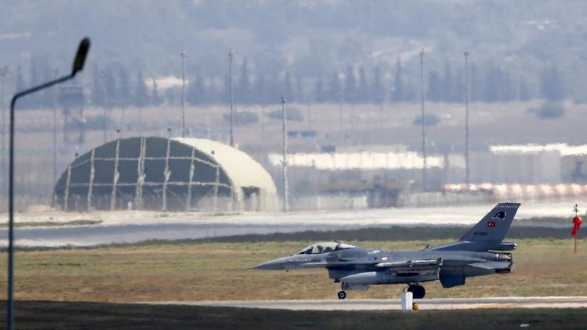 Reportan un ataque de la aviación turca contra una base militar kurda en la frontera siria