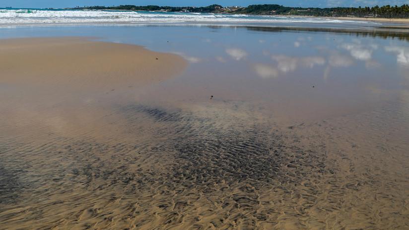 Petróleo que apareció misteriosamente en costas de Brasil vendría de Venezuela