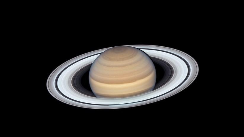 Saturno tiene 82 lunas y supera a Júpiter que tiene 79