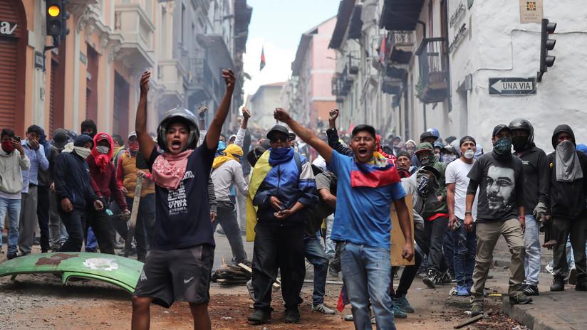 El alcalde de Quito confirma el aumento del pasaje urbano en medio de las protestas