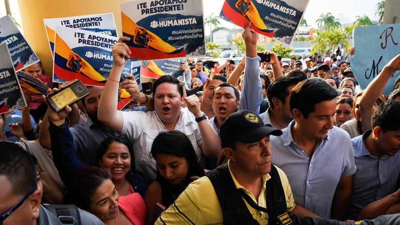 Guayaquil vive una jornada de represión policial contra opositores al 'paquetazo' de Moreno