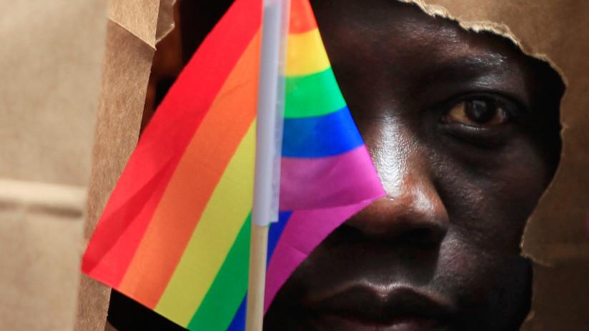 Uganda planea rescatar una ley que impone la pena de muerte para los homosexuales