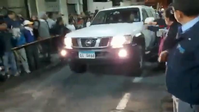 VIDEO: Movimiento indígena de Ecuador libera a los policías retenidos durante las protestas contra el 'paquetazo'