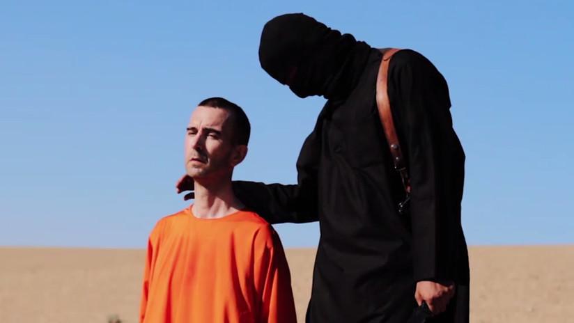 Dos terroristas piden perdón a la hija del británico, cuya decapitación fue filmada y difundida por el Estado Islámico