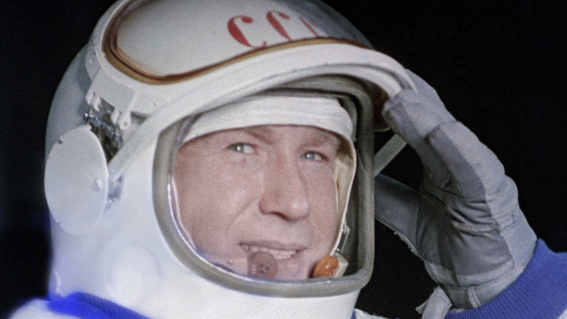 La NASA interrumpe su transmisión en directo para informar sobre la muerte de Alexéi Leónov