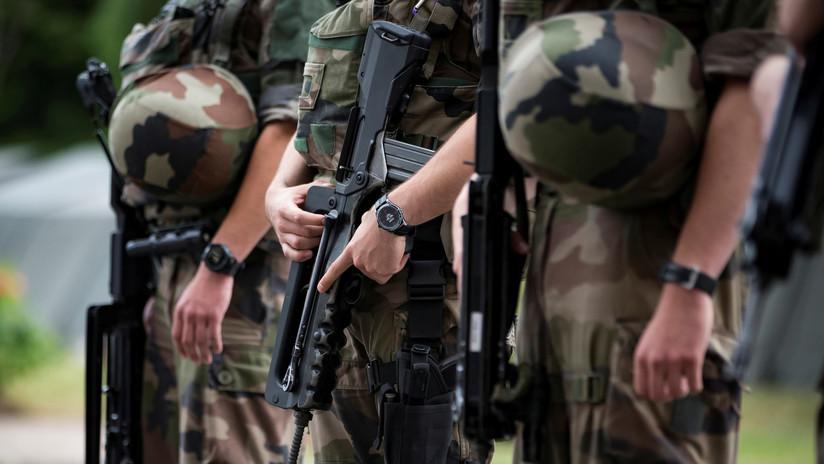 Francia suspende todas las exportaciones de armamento a Turquía por su ofensiva en Siria