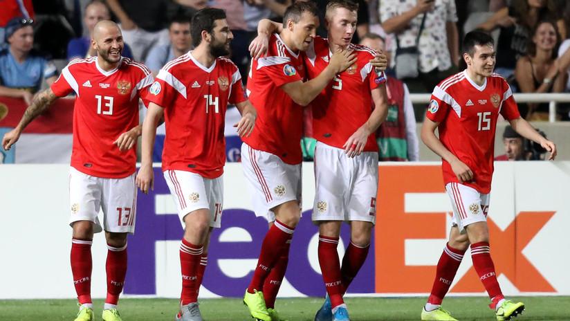 FOTOS: La selección rusa del fútbol gana ante Chipre y se asegura el paso a la Eurocopa 2020