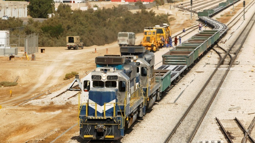 Arabia Saudita y Rusia acuerdan cooperar en el desarrollo de ferrocarriles