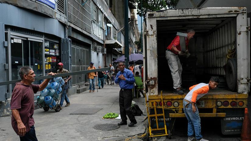 Aumentan el salario mínimo en Venezuela hasta los 300.000 bolívares