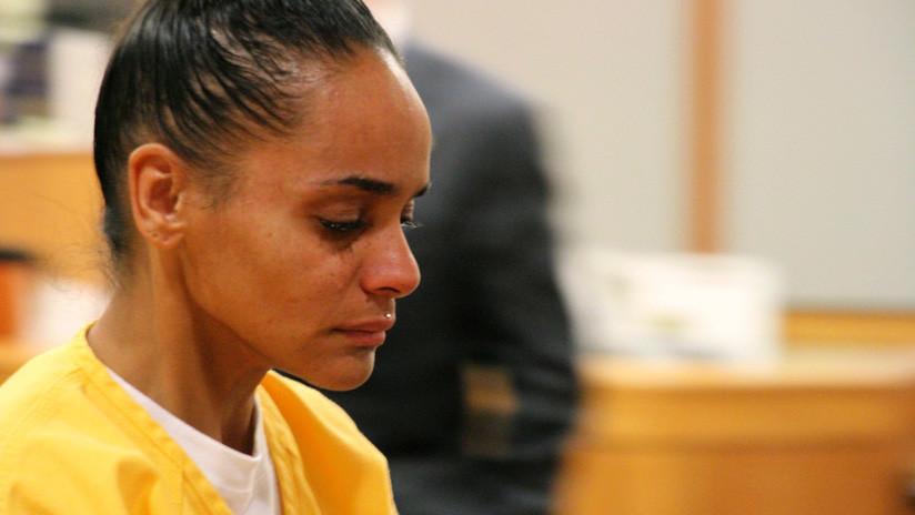 Condenan a 60 años de cárcel a una mujer que roció con gasolina y quemó vivo a su novio en EE.UU.