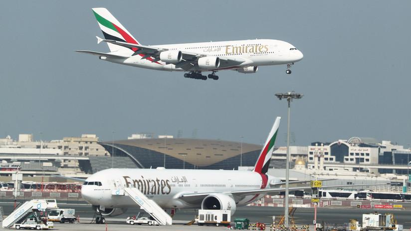 Una mujer pierde un juicio contra Emirates tras denunciar a la aerolínea por no servirle suficiente agua