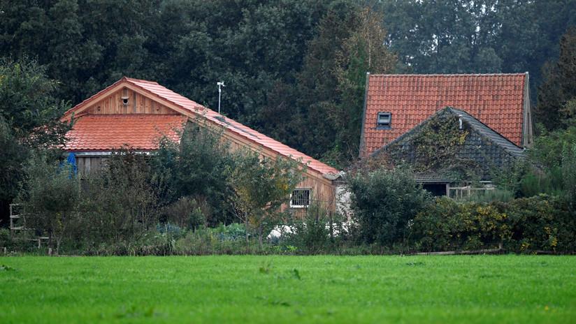 Encuentran a un padre y a sus cinco hijos tras pasar 9 años esperando el fin del mundo encerrados en una granja en Países Bajos