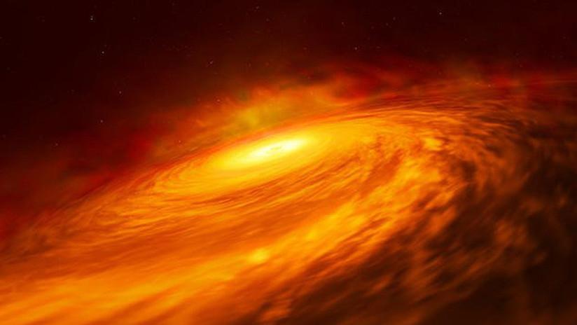 FOTO: Publican la imagen de una galaxia espiral con forma de platillo volante