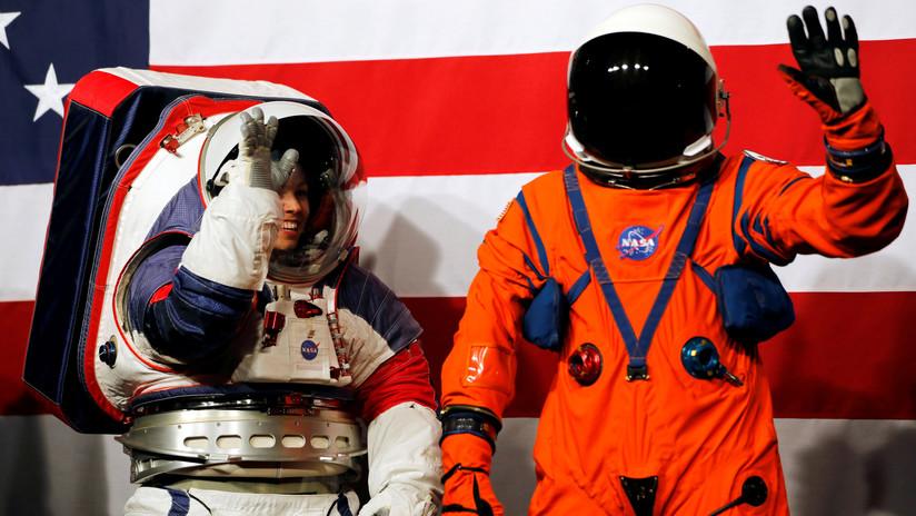 FOTOS: La NASA presenta nuevos trajes espaciales para la misión tripulada a la Luna