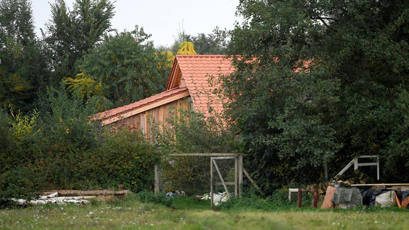 """Países Bajos: Acusan de """"privación ilegal de libertad"""" al hombre detenido en una granja donde una familia pasó 9 años encerrada"""
