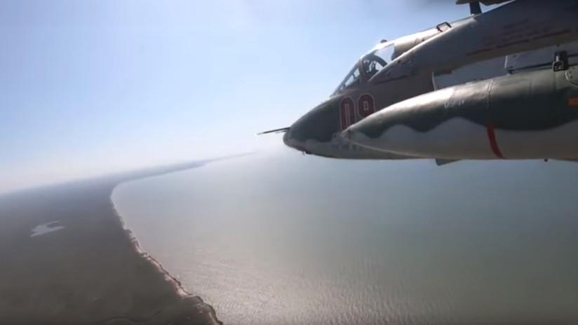 VIDEO: Aviones rusos practican ataques a sistemas de defensa aérea en tierra y maniobras de evasión