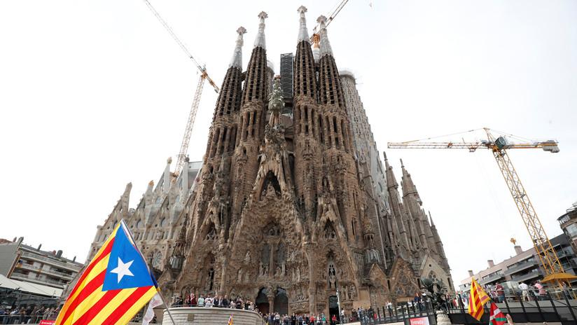 VIDEO: Protestas frente a la Sagrada Familia durante la huelga general en Cataluña