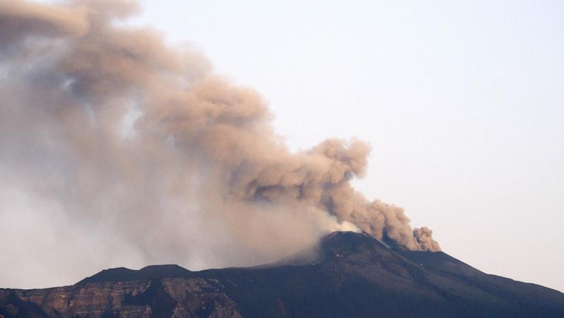 El volcán activo más grande de Europa vuelve a entrar en erupción