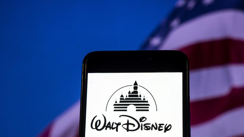 Trabajo 'de película': Disney busca candidatos para ver películas durante un mes a cambio de 1.000 dólares