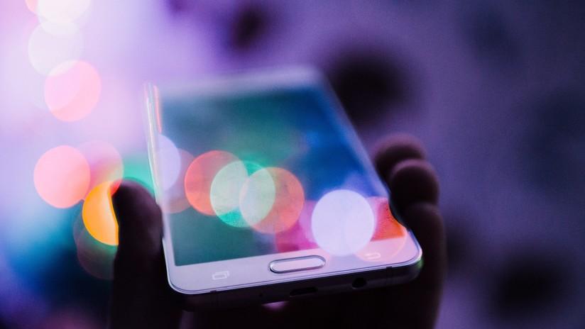Sugieren que los móviles y ordenadores aceleran el envejecimiento