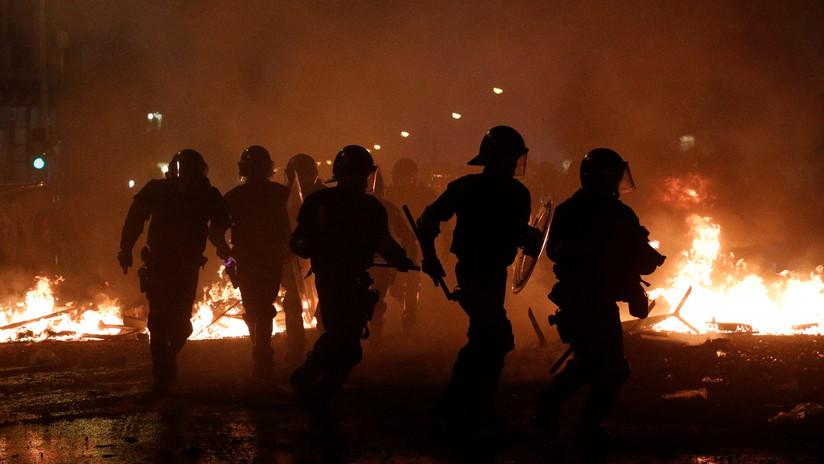 VIDEOS: Disturbios y fuertes cargas policiales contra manifestantes en una nueva jornada de protestas en Barcelona