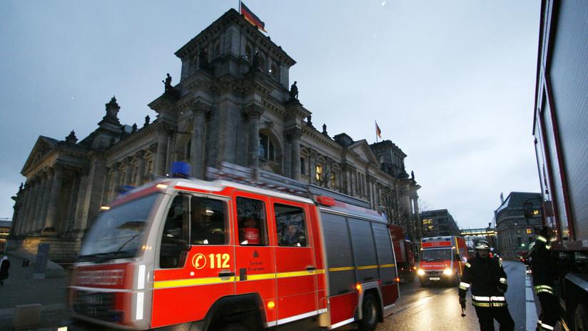 Al menos tres heridos al incendiarse un tren lleno de hinchas de un equipo alemán de fútbol (FOTOS, VIDEOS)
