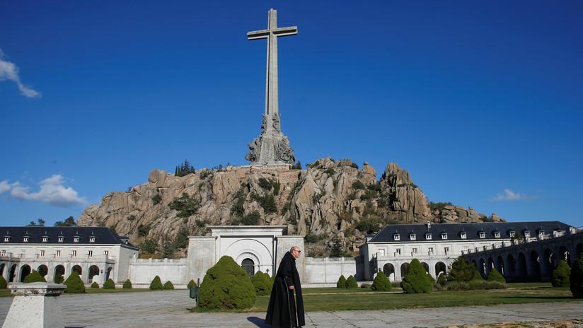 Sin honores militares ni bandera: Así será la inminente exhumación de Franco