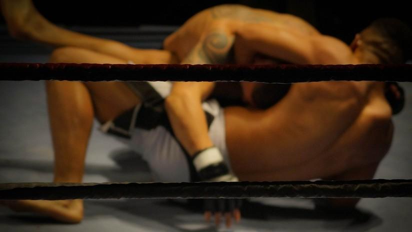 VIDEO: Un luchador de artes marciales mixtas noquea a su rival con un rodillazo