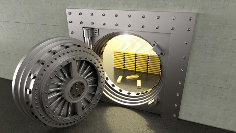 Un estafador roba más de 714.000 dólares gracias a una caja de seguridad con una segunda puerta oculta