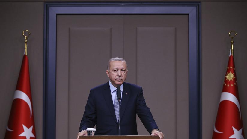 """Erdogan reitera su disposición a reanudar """"con una determinación aún mayor"""" la operación militar en el norte de Siria"""