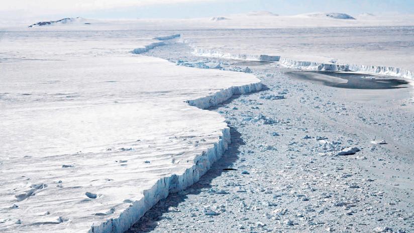 VIDEO: Dos grietas kilométricas surgen en un glaciar de la Antártida y podrían causar el desprendimiento de un iceberg del tamaño de Manhattan