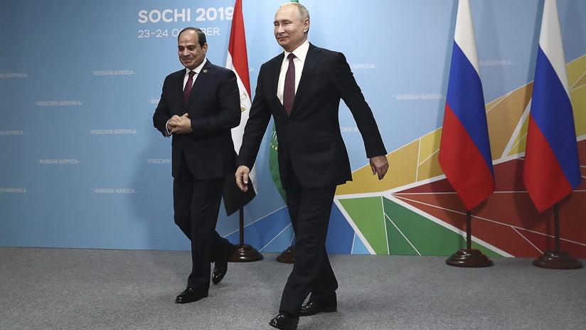 """Rusia ofrece a los líderes africanos negocios sin condiciones """"esclavizantes"""" ni presión de Occidente"""