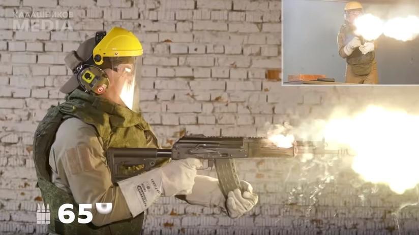 """""""Prueba destructiva"""": El Kaláshnikov AK-12 es capaz de disparar 680 balas seguidas, incluso en llamas (VIDEO)"""