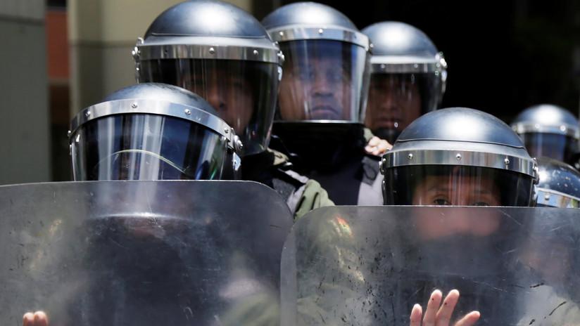 """Policía de Bolivia reporta más de 30 detenidos y 19 agentes heridos por hechos """"vandálicos"""""""