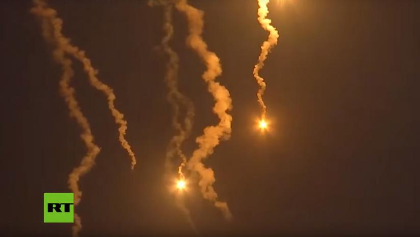 VIDEO: Militares de Rusia y Bielorrusia penetran las 'líneas enemigas' en combate nocturno