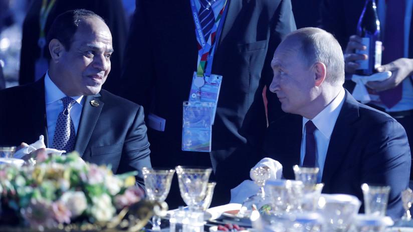 VIDEO: Putin bromea con Al Sisi diciendo que compartirá su salario con él