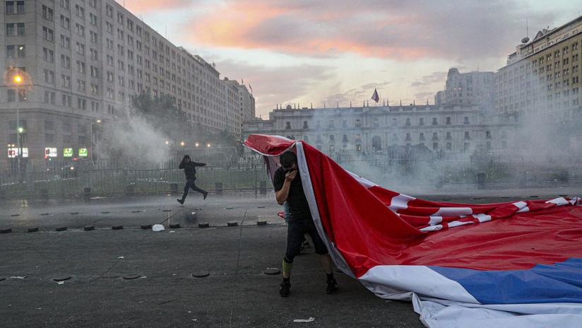 Más de un millón de chilenos salen a 'la marcha más grande' en contra de las políticas del Gobierno
