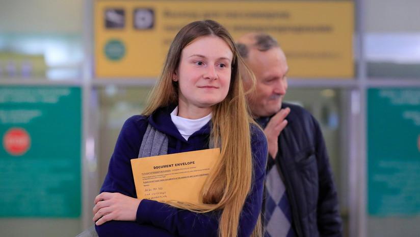 """""""No me di por vencida porque no tengo el derecho"""": María Bútina llega a Moscú tras su liberación de prisión en EE.UU."""