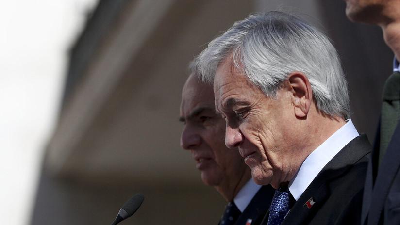 Piñera pide la renuncia a todos sus ministros y propone el fin del estado de emergencia