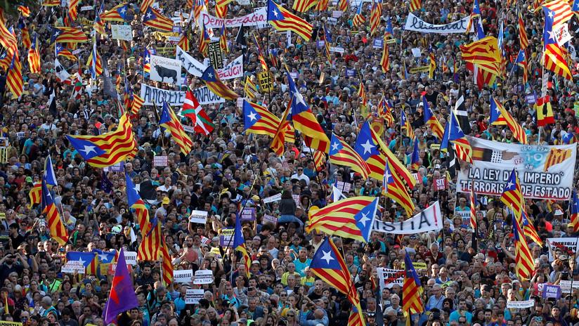 VIDEO: Manifestantes se congregan en Barcelona tras la sentencia contra los líderes independentistas