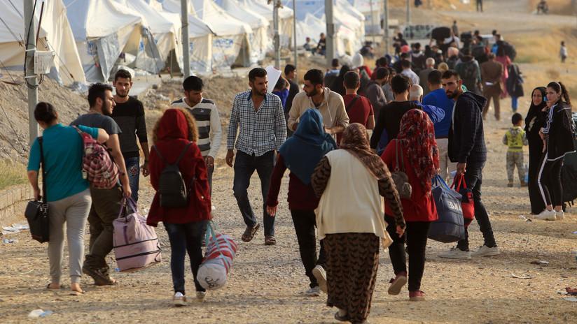 """""""No es chantaje, sino una solución"""": Erdogan reitera su amenaza de abrir las puertas de Europa a millones de refugiados sirios"""