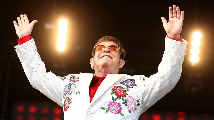"""""""Estoy extremadamente enfermo"""": Elton John cancela un concierto hasta el próximo año"""