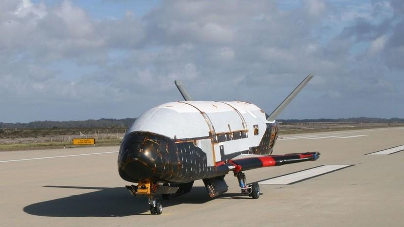 La nave espacial secreta del Pentágono regresa a la Tierra después de 780 días en órbita por misión clasificada